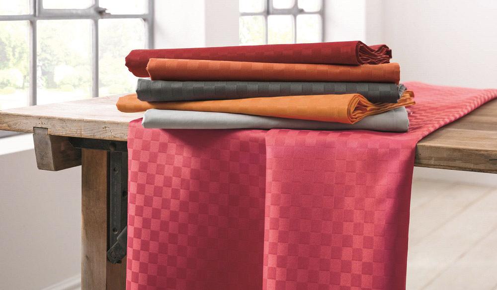Op deze afbeelding ziet u de tafelkleden collectie Casa
