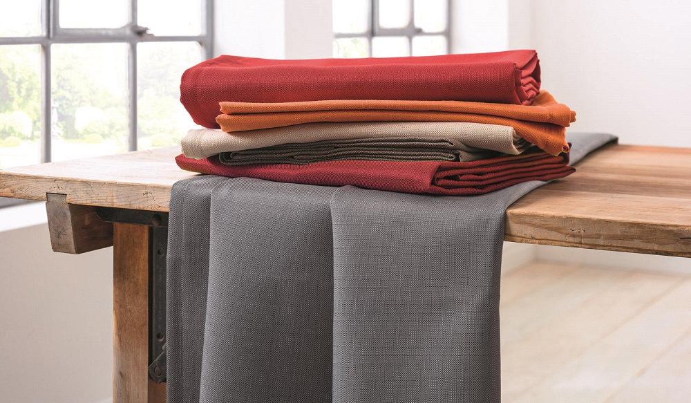 Op deze afbeelding ziet u de tafelkleden collectie Ipanema